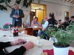 OB Wagner bedankt sich bei den Grünpaten (Foto: Angelika Bastian)