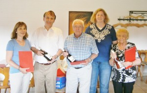 Die Ortsvereinsvorsitzende Herdis Behmann (2. v.r.) mit vier der diesjährigen Jubilare: Iris Berrang, Thomas Berrang, Arthur Hubertus und Charlotte Samsel (v.l.)