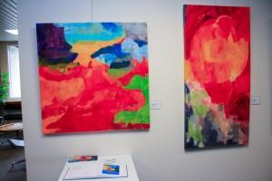 """Ausstellung """"Blühende Farbpracht"""" von Sabine Franke, in der Rathhausgalerie St. Ingbert (Foto: Wolfgang Philipp)"""