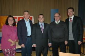 Photo (von links): Ursula Schmitt (stv. Vorsitzende), Stephan Toscani (ehem. Vorsitzender), Frank Luxenburger (Vorsitzender), Jürgen Marx (stv. Vorsitzender), Dr. Ulli Meyer (stv. Vorsitzender).