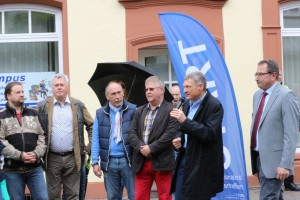 Eröffnung der Oldtimer-Rallye (Foto: Siggi Müller)
