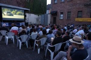 Open Air Kino im Gefängnishof