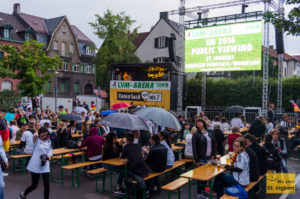 Public Viewing in der LVM-Arena