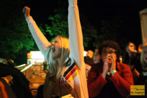 Freude und Bangen liegen oft nah beieinander: Public Viewing in St. Ingbert